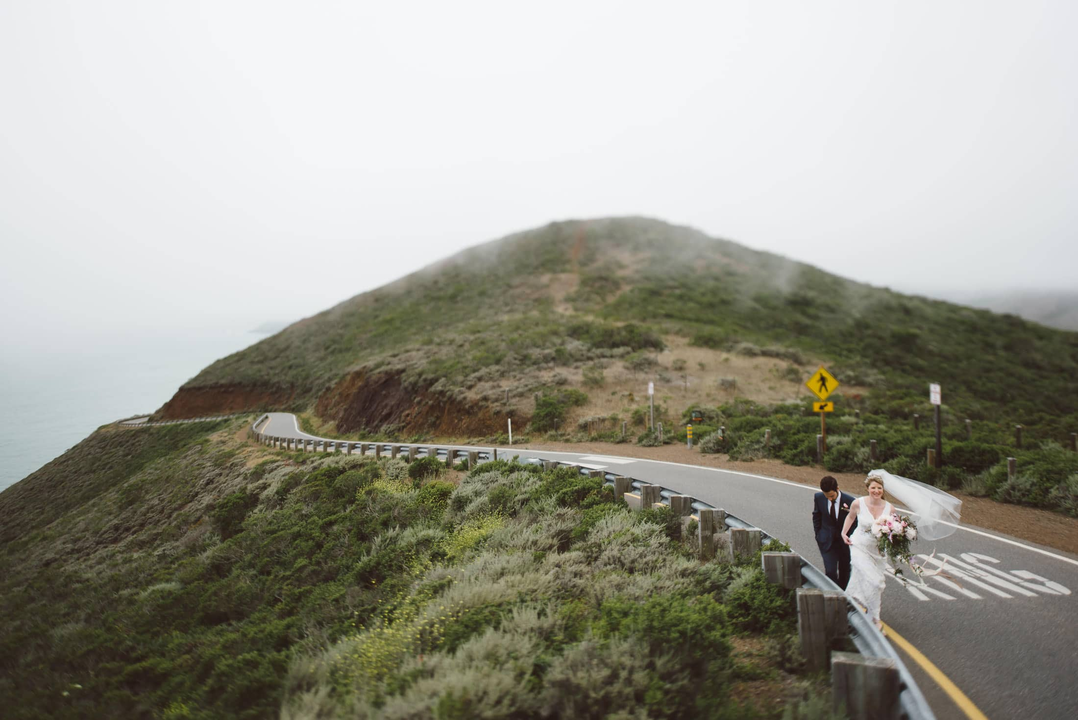 marin headlands wedding couple
