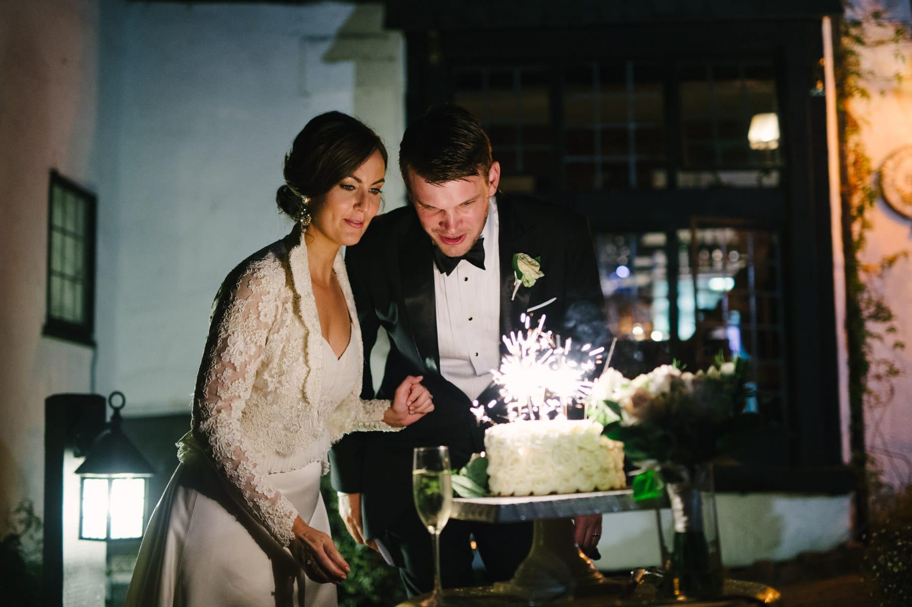 Pelican Inn Wedding Cake Cutting